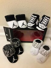 New Nike baby boy newborn infant booties 0-6 months 4 pair crib shoes socks