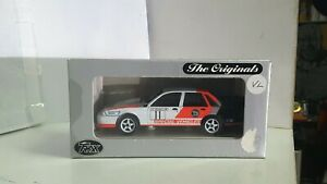 TR16E Holden VL Commodore Group A Larry Perkins 1:43 Scale Diecast Model by Trax