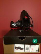 UMBRO Junior Citadel Black/White/Red Soccer Shoe - Size 2 - NIB