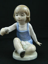 Nao Lladro Figurine Boy With Flowers