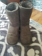 Ugg womens boots size 9 Gray