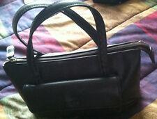 Purse Esprit Black with 2 inside zipper Pockets, 1 Pocket Under Flap - stylish!