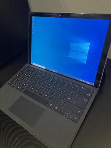 "Microsoft Surface Pro 4 Silver 12.3"" Tablet 256GB i7-6650U (2.2 to 3.4 GHz), 8GB"