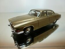 NOREV JAGUAR MK10 - GOLD METALLIC 1:43 - EXCELLENT CONDITION - 12