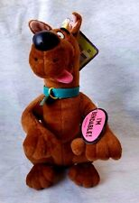 """SCOOBY DOO """"WHERE R.U?""""  HANNA-BARBERA PLUSH,BENDABLE,POSEABLE  NEW with TAGS"""