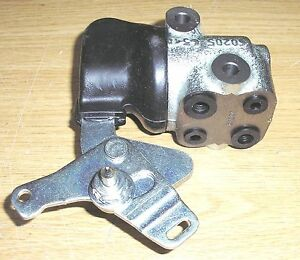 FIAT COUPE 1.8 2.0 16V IE TURBO (93 > 96)  Rear Brake Caliper Compensator Valve