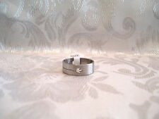 STAINLESS STEEL MAPLE LEAF CUTOUT RING FOREIGN SIZE 20