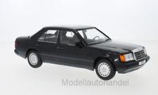 Mercedes Benz 300 E W124 metallic-schwarz, 1984  1:18 MCG 18206  *NEW*