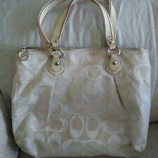 Coach Poppy Large White Shoulder Bag