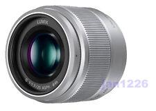 F/S New Panasonic H-H025-K LUMIX G 25mm F/1.7 Lens For M4/3 SEAL box with hood