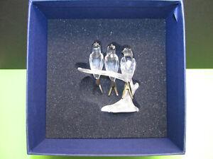 schöne Swarovski 892039 Kristallfigur Schwalben Höhe 8cm in OVP
