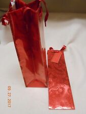 New lot 2 Hallmark wine bottle bags Christmas red glitter name tags say: Cheers