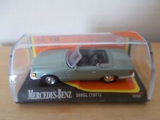 New-ray 48429 Mercedes-Benz 350SL (1971) Scale 1:43 In Hard Display Case