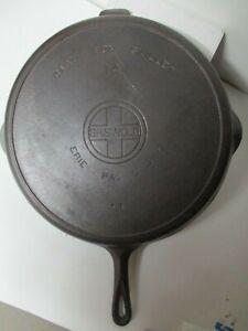 Vintage GRISWOLD #14 Cast Iron Skillet Frying Pan