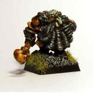 Chaos Dwarf Champion with Skull Mace 28mm Unpainted Metal Wargames
