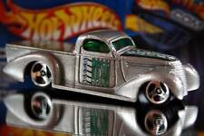 2002 Hot Wheels Planet Hot Wheels.com Cyber energy car Super Smooth silver