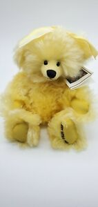 Artist Terry Hayes Pendleton's Teddy bears 1999 Yellow Mohair Poly Pellet filled