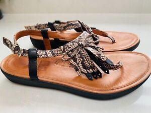 Women's Fitflop TIA fringe sandals animal snake print Size 5 tan/ black leather