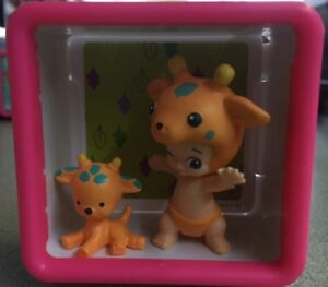TWOZIES Two Wild Lofty & Stretch Baby and Pet set *** with Shadow Box