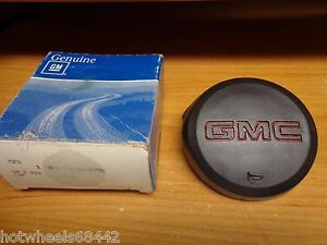 NOS GM 1987-1994 GMC Truck Pick-Up Yukon Typhoon Safari Van Jimmy Horn Cap