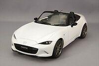 First18 1/18 Mazda NEW Roadster Ceramic Metallic Diecast Model F18016