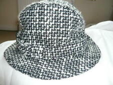 Lovely ladies Hat  Dents black and white classy