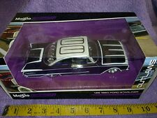 Maisto Design 1960 Ford Starliner low  american muscle hotrod 1/26 scale hotrod