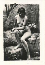 Nr,31824  kleines Akt Foto schöne nackte Frau Busen Erotik 6 x 8,5 cm  um 1945