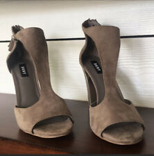NWOT DKNY Taupe Suede High Heeled Sandals With Silver Trim Size 8.5