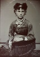 ANTIQUE AMERICAN Pretty School Girl The HAIR The DRESS The JEWELRY TINTYPE PHOTO