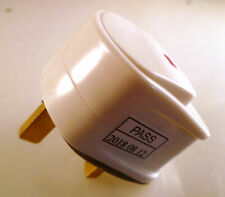 PMS UK 13A 240V On/Off Switched Plug With BS 1363 OM1048A