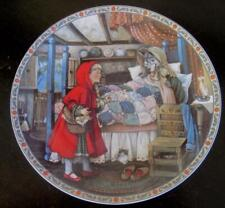 """1988 Edwin Knowles Little Red Riding Hood 8.5"""" Collector Plate"""