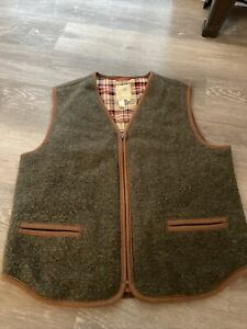 TERRITORY AHEAD MENS TWO FOR THE ROAD WOOL SWEATER VEST SIZE LARGE LODEN Green