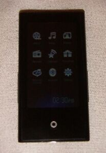 Samsung YP-P2 (8GB) Digital media MP3 Player Black. Works great, great condition