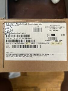 (25) unicam corning new in box ST CONNECTORS 95-200-51