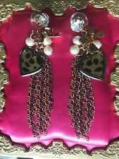 Betsey Johnson Vintage Glitter Leopard Crystal Heart Gold Chain Bow Earrings