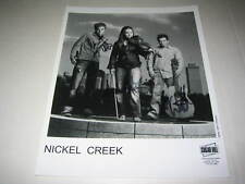 NICKEL CREEK 2002 AUTOGRAPHED 8 X 10 PUBLICITY PHOTO + DOCUMENTATION (538A)