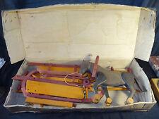 ancien jouet bois DEJOU jardiniére n°805 dans sa boite d'origine