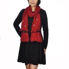 Abbigliamento e accessori vintage rossi prodotta in Perù