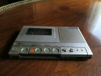 Panasonic RQ-20 Slim Cassette Player/Recorder - Japan