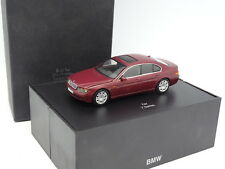 Minichamps 1/43 - BMW Serie 7 e65 Rouge