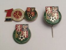 Lot 2 Pin's + Pin FOOTBALL SOCCER Fédération Tchèque Czech
