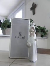 Lladro Shepherdess With Basket # 4678 Mint Condition With Box Fast Shipping!