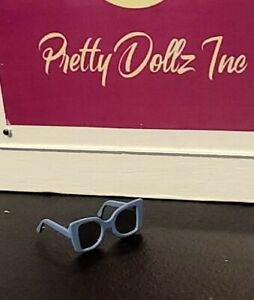 Integrity Toys MALIBU SKY Baroness Agnes Von Weiss DOLL sunglasses only