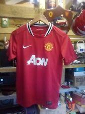 MAN UTD FOOTBALL SHIRT - 2011 - RED AON -large childs