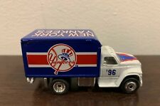 1995 NY YANKEES FORD F-800 Delivery Van Truck MATCHBOX