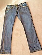 Lady's New Pair of GOOGI Blue Jeans Size 13/14 Pocket Designs
