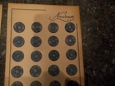 beau de mercerie  lot de 39 boutons anciens blei vert   diametre 1,5 cm