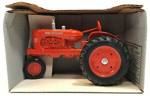 VTG 1985 Allis-Chalmers Die Cast Metal WD-45 Antique Tractor 1:16 Toy Model NOS