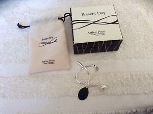 Arthur Price Present Day Golf Key Chain boxed NEW.